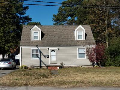 Portsmouth Single Family Home For Sale: 3904 Turnpike Rd