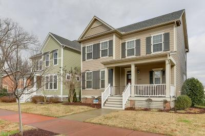 Hampton Single Family Home For Sale: 208 Point Comfort Ave