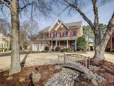 Suffolk Single Family Home For Sale: 5102 Regatta Pointe Rd