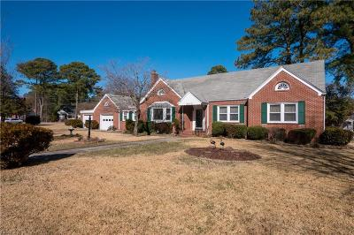 Portsmouth Single Family Home For Sale: 4412 Wake Forest Rd