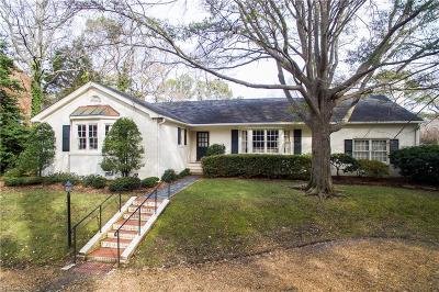 Virginia Beach Single Family Home For Sale: 428 Goodspeed Rd