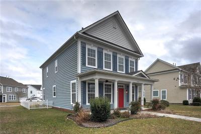 Suffolk Single Family Home For Sale: 3002 Parkside Cir