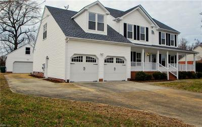 Suffolk Single Family Home For Sale: 2729 Burning Tree Ln
