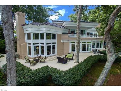 Virginia Beach Single Family Home For Sale: 1242 E Bay Shore Dr
