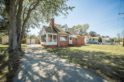 Portsmouth Single Family Home For Sale: 2217 Greenwood Dr