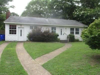 Norfolk Single Family Home For Sale: 5200 Silvey Dr