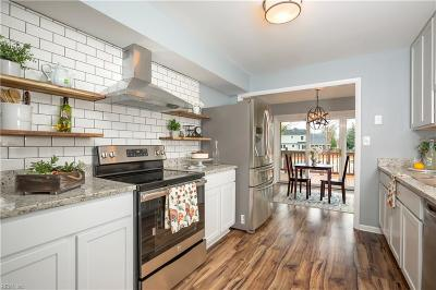 Suffolk Single Family Home For Sale: 1848 Oyster Bay Ln