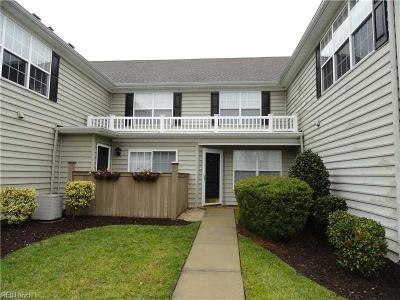 Suffolk Single Family Home New Listing: 1202 Buoy Ct