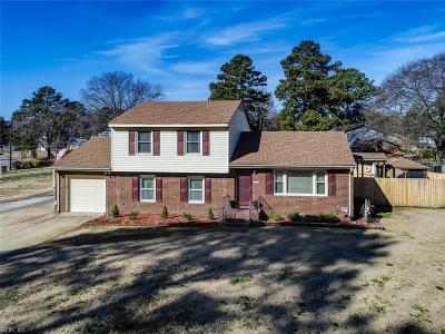 Portsmouth Single Family Home For Sale: 5100 Greenbrook Dr
