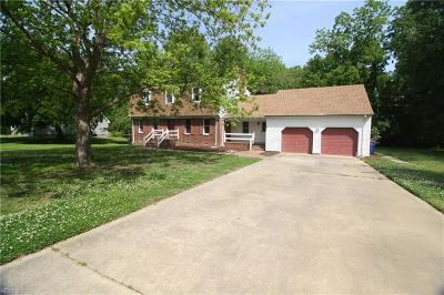 Suffolk Single Family Home New Listing: 5991 Bennetts Creek Ln