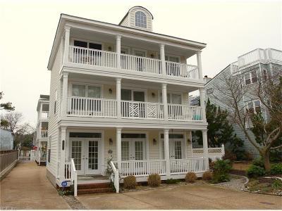 Virginia Beach Single Family Home For Sale: 214 67th St #A