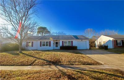 Virginia Beach Single Family Home Under Contract: 629 Constitution Dr