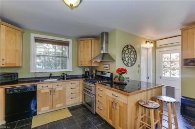 Hampton Single Family Home New Listing: 124 Columbia Ave