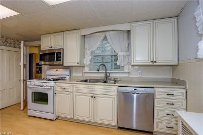 Portsmouth Single Family Home New Listing: 71 Aylwin Rd