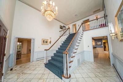 Virginia Beach Single Family Home New Listing: 4505 Gleneagle Dr