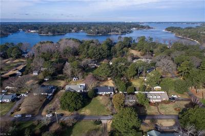 Virginia Beach Single Family Home New Listing: 1413 Berkshire Ln