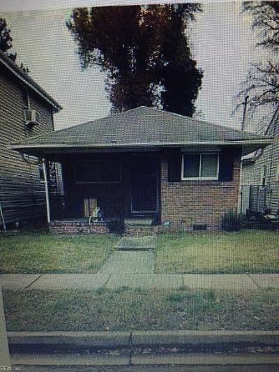 Norfolk Single Family Home New Listing: 2904 Beachmont Ave