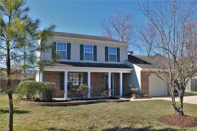Hampton Single Family Home New Listing: 2 Hawkins Ct