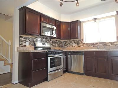 Chesapeake Single Family Home New Listing: 805 Huntly Dr