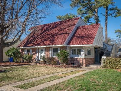 Norfolk Single Family Home New Listing: 520 N Shore Rd