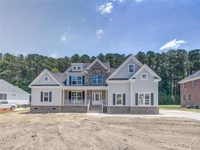 Suffolk Single Family Home New Listing: 1325 Pitchkettle Farm Ln