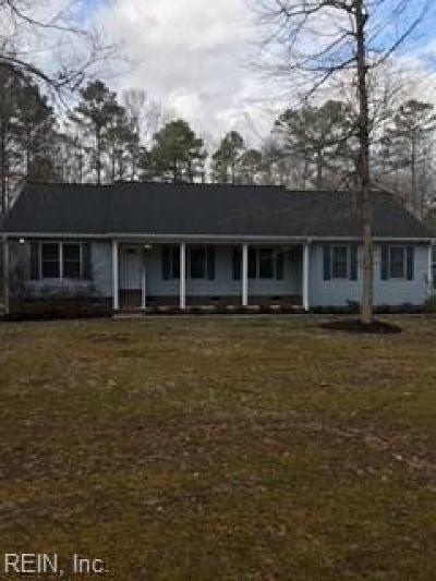 Chesapeake Single Family Home New Listing: 3420 W Landing Dr
