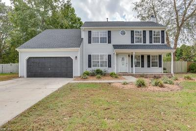 Chesapeake Single Family Home New Listing: 733 Woodcott Dr