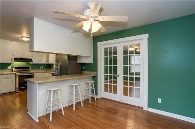 Hampton Single Family Home New Listing: 3 Ashmont Cir