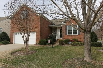 Chesapeake Single Family Home New Listing: 445 River Arch Dr