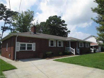 Hampton Single Family Home New Listing: 106 Watkins Dr
