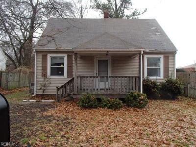Hampton Single Family Home New Listing: 31 W Sunset Rd
