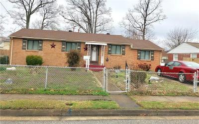 Hampton Single Family Home New Listing: 2007 Seward Dr