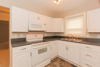 Portsmouth Single Family Home New Listing: 33 Woodland St