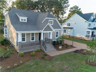 Suffolk Single Family Home For Sale: 3129 Summerhouse Dr