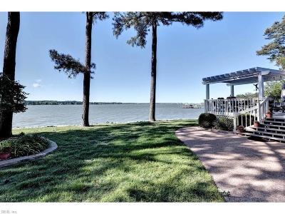 Poquoson VA Single Family Home For Sale: $895,000