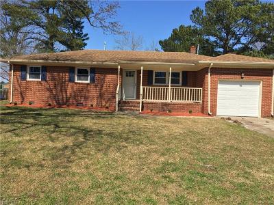 Virginia Beach VA Single Family Home New Listing: $299,000
