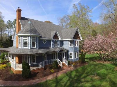 Chesapeake Single Family Home For Sale: 424 Woodards Ford Rd