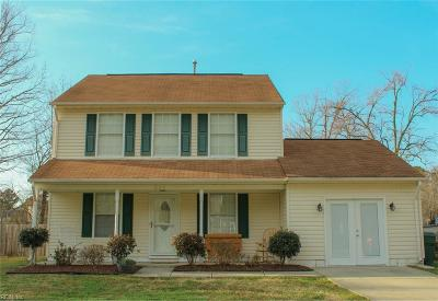 Suffolk Single Family Home Under Contract: 827 Haskins Dr