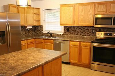 Norfolk Single Family Home For Sale: 6622 N Stoney Pt