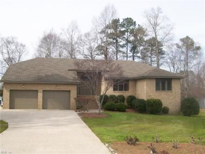 Suffolk Single Family Home Under Contract: 100 Lakeview Ct