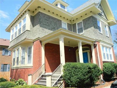 Norfolk Single Family Home For Sale: 610 Pembroke Ave