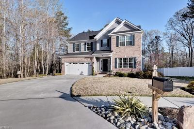 Hampton Single Family Home Under Contract: 18 Firefly Ln