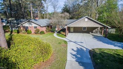 Virginia Beach Single Family Home For Sale: 612 Timberland Trl