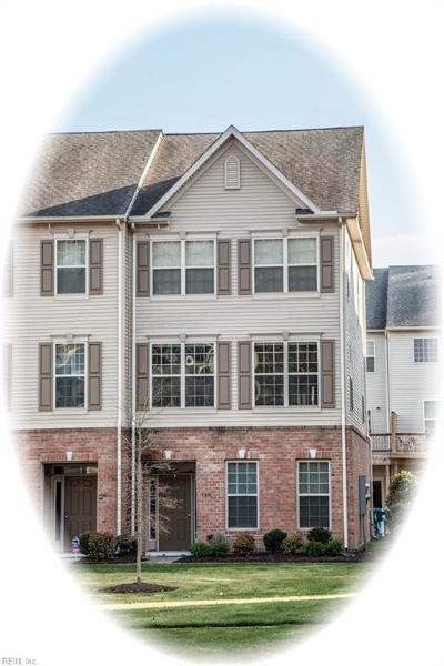 Single Family Home Sold: 160 Hemisphere Cir