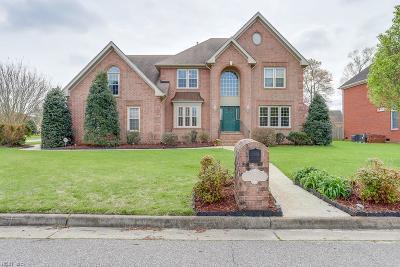 Chesapeake Single Family Home For Sale: 129 Avonlea Dr