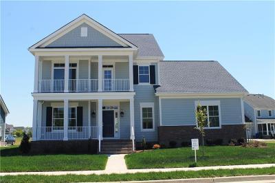 Suffolk Single Family Home For Sale: 3476 Raintree Cir