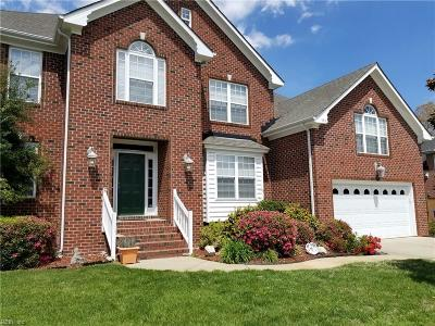 Chesapeake Single Family Home For Sale: 436 Trotters Lane Ln