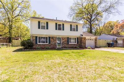 Virginia Beach Single Family Home New Listing: 725 Fox Run Rd