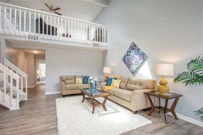 Single Family Home For Sale: 821 Cannonade Trl