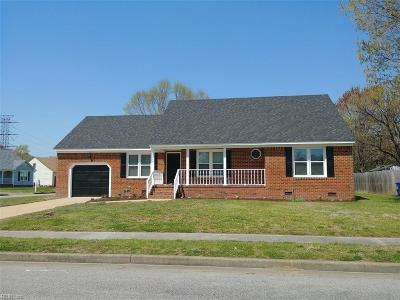 Portsmouth Single Family Home For Sale: 5400 Lilac Cres